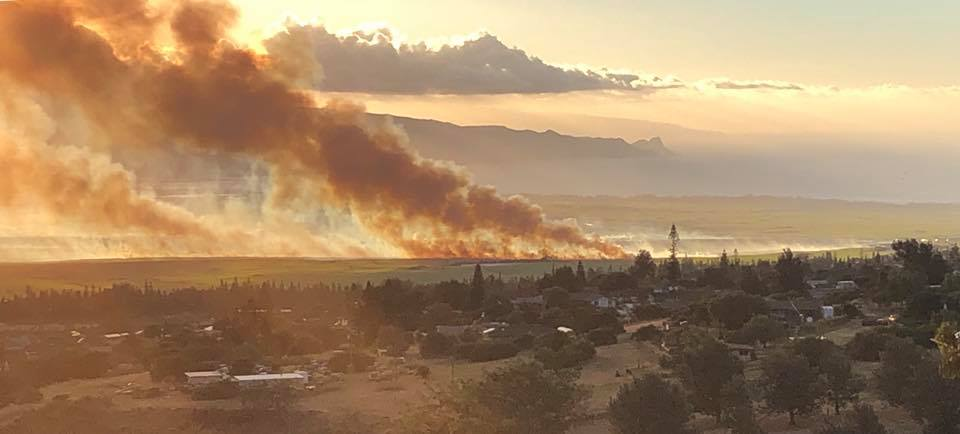 UPDATE: 2,500 Acres Burned, Winds Fuel Fast Moving Pukalani Fire