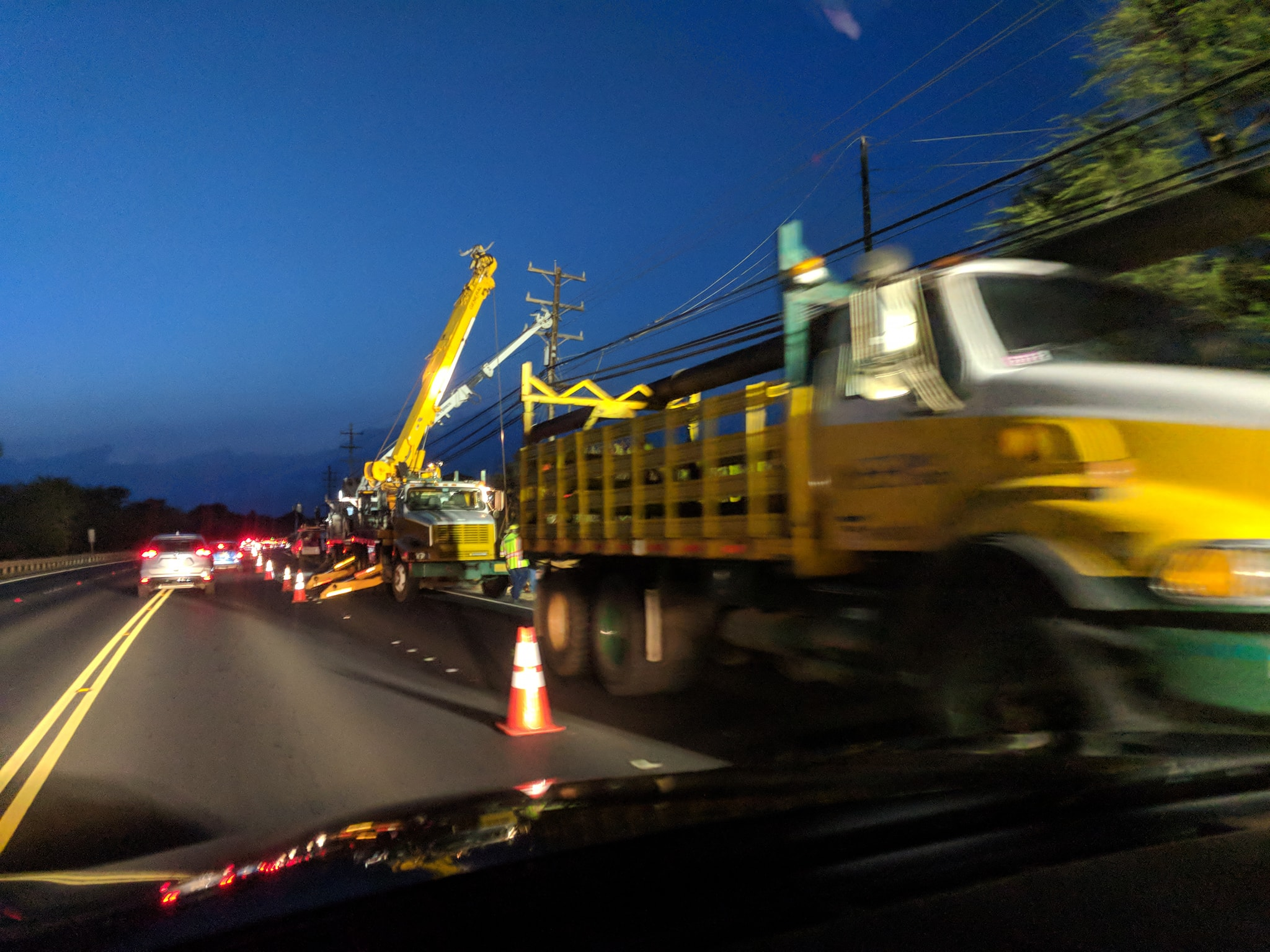 Repair to Downed Poles Results in Gridlock Along Honoapi'ilani