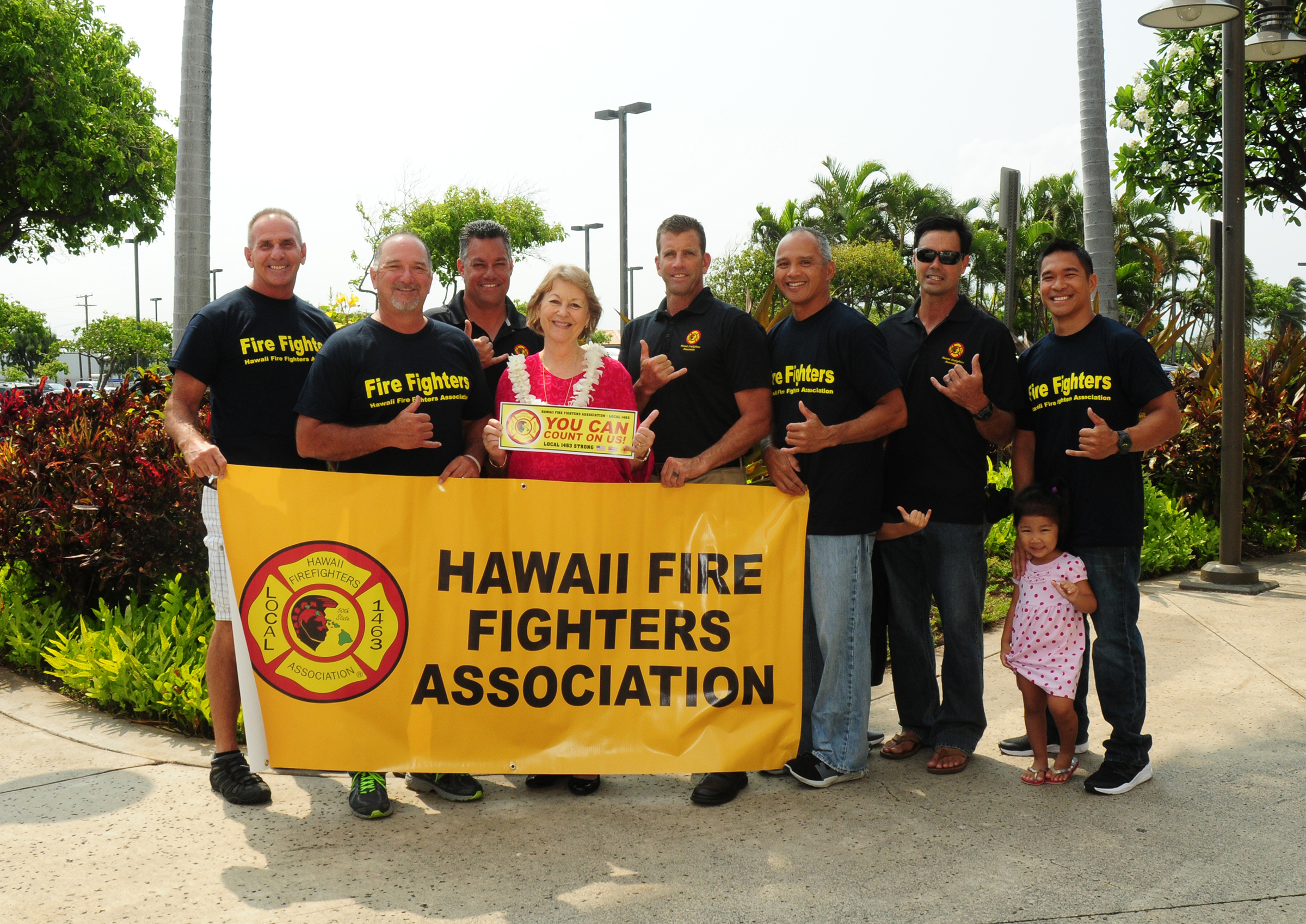 Hawai'i Fire Fighters Association Endorses Roz Baker for State Senate