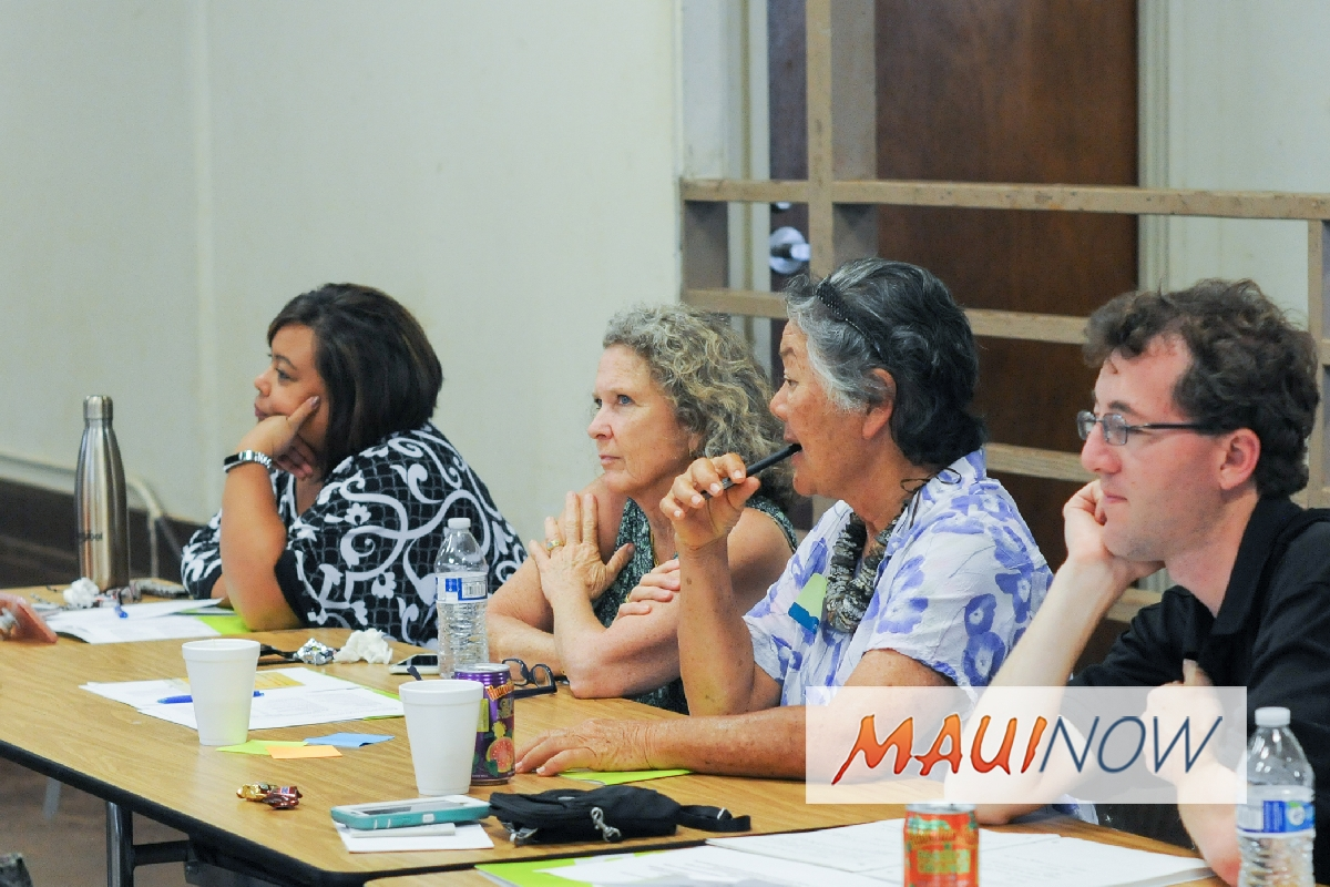Lana'i Residents Receive Board Training from MEDB
