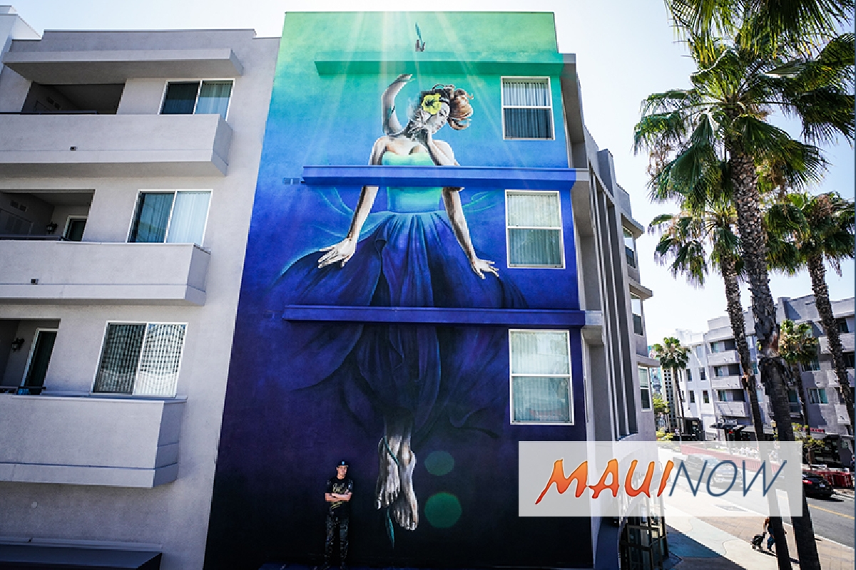 POW! WOW! Street Artist Completes Mural for Hawaiian Airlines