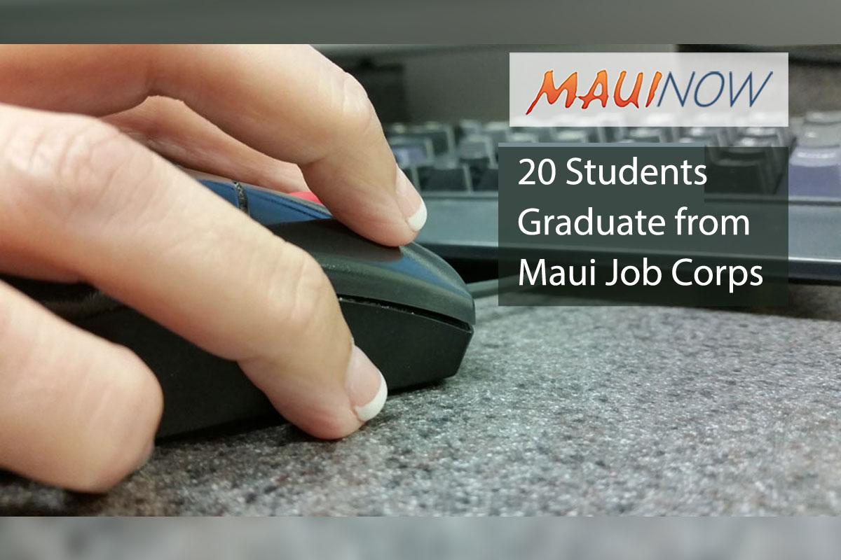 20 Students Graduate from Maui Job Corps