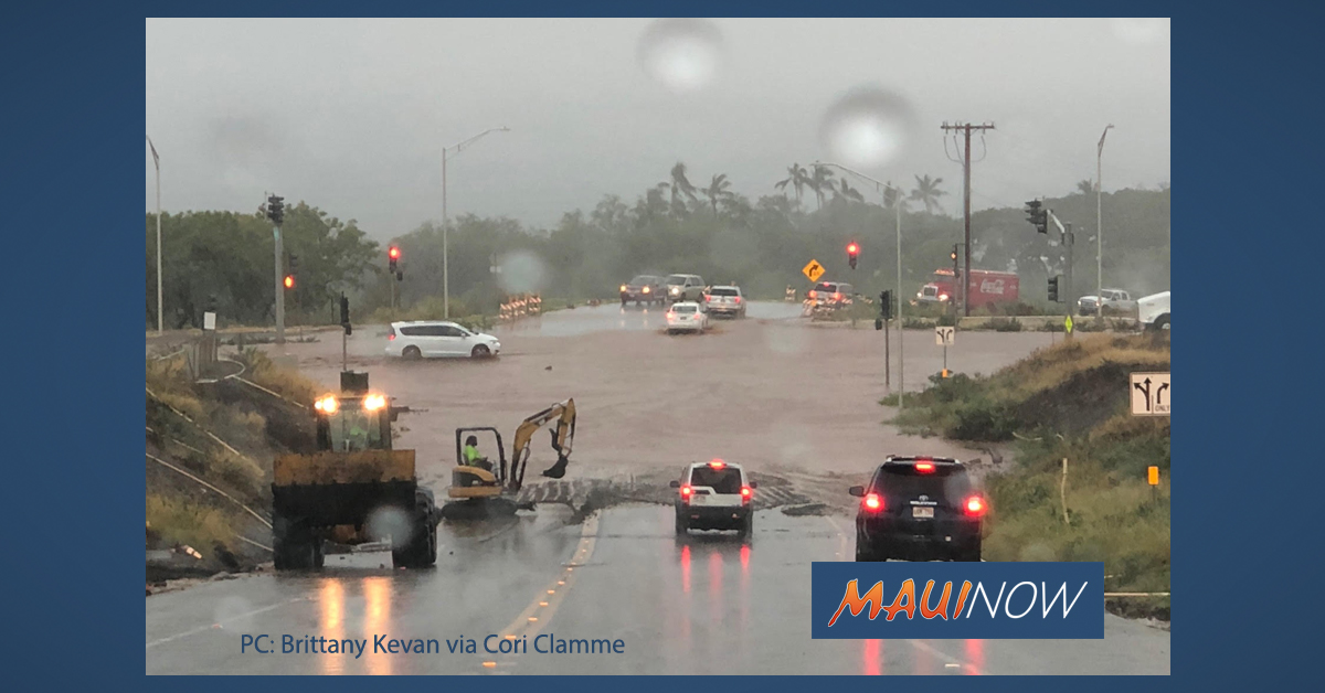 Thursday Flooding Causes Traffic Snarl on Honoapi'ilani Hwy