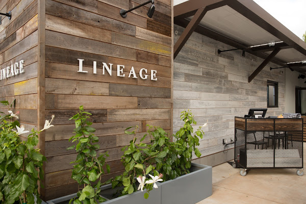 LINEAGE Restaurant at The Shops at Wailea Reopens for Dine-In on Aug. 1