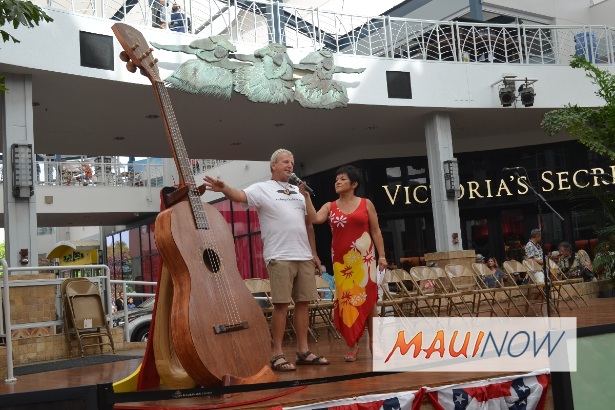 Queen Ka'ahumanu Center Hosts Maui 'Ukulele Guild Exhibition