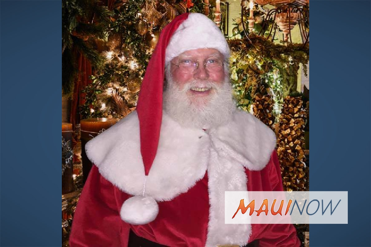 Santa Arrival Kicks Off Holiday Season at The Shops at Wailea