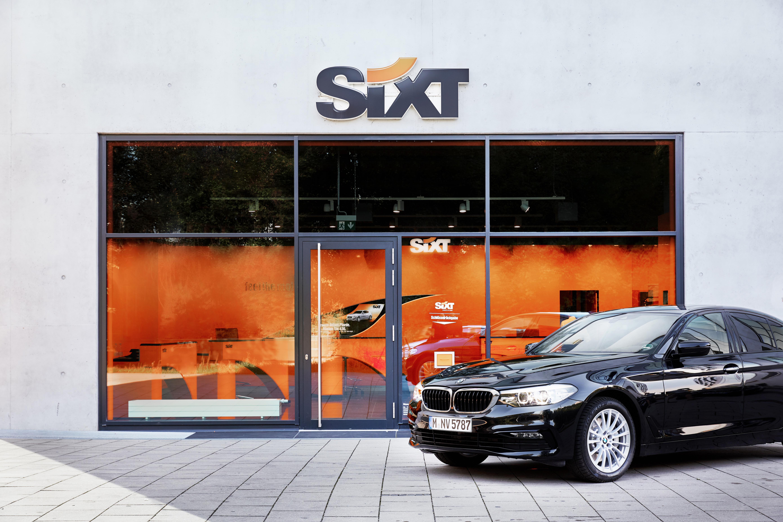 Sixt Car Rental Company Expands to Maui
