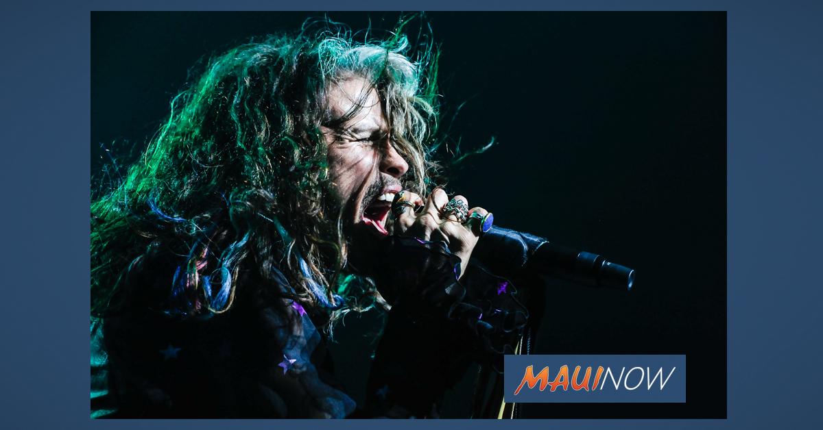 Steven Tyler Maui Concert, Dec. 27
