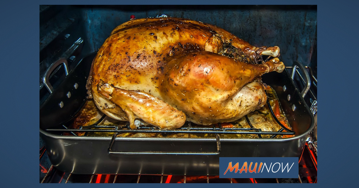 10 Food Prep Tips for a Safe Holiday Season