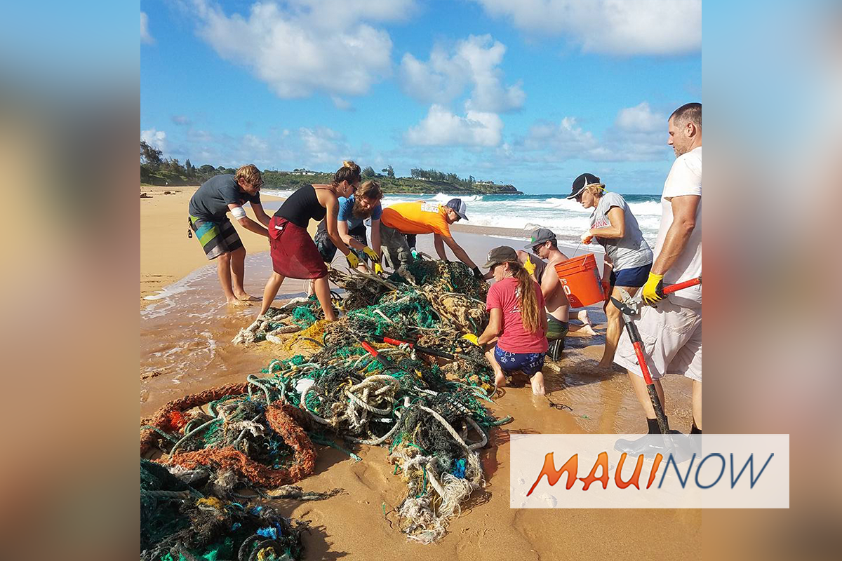 Hawai'i Nei Project Removes Thousands of Pounds of Marine Debris