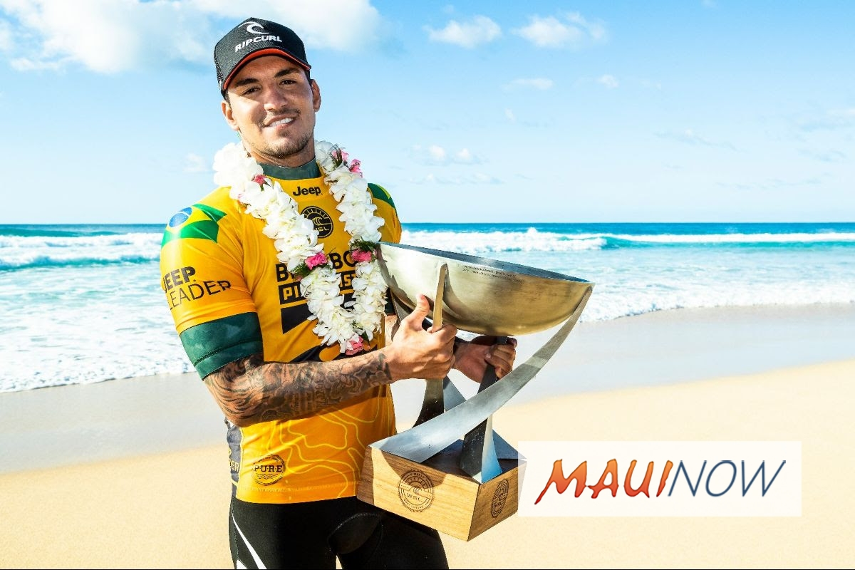 Gabriel Medina Wins Second World Title and First Billabong Pipe Masters