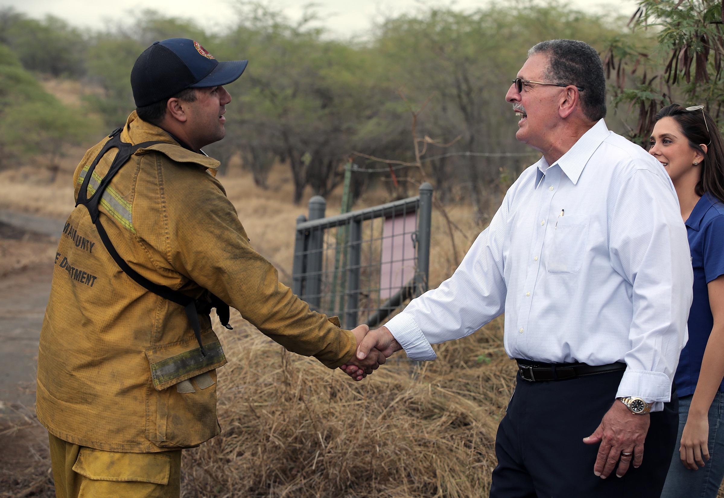 Wailea Fire 80% Contained, Mayor Inspects Scene