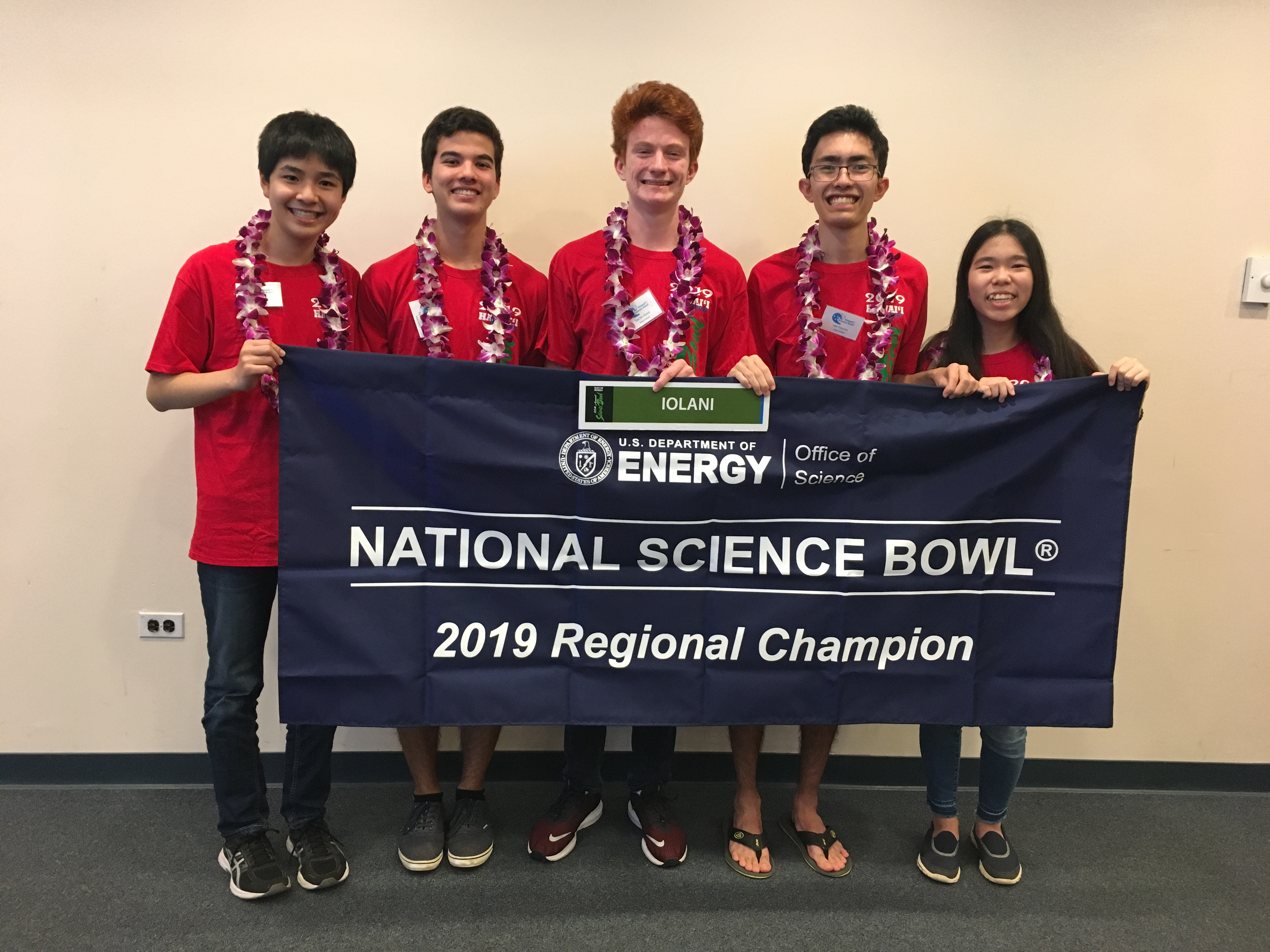 Maui High Wins 4th Place at Hawai'i Science Bowl