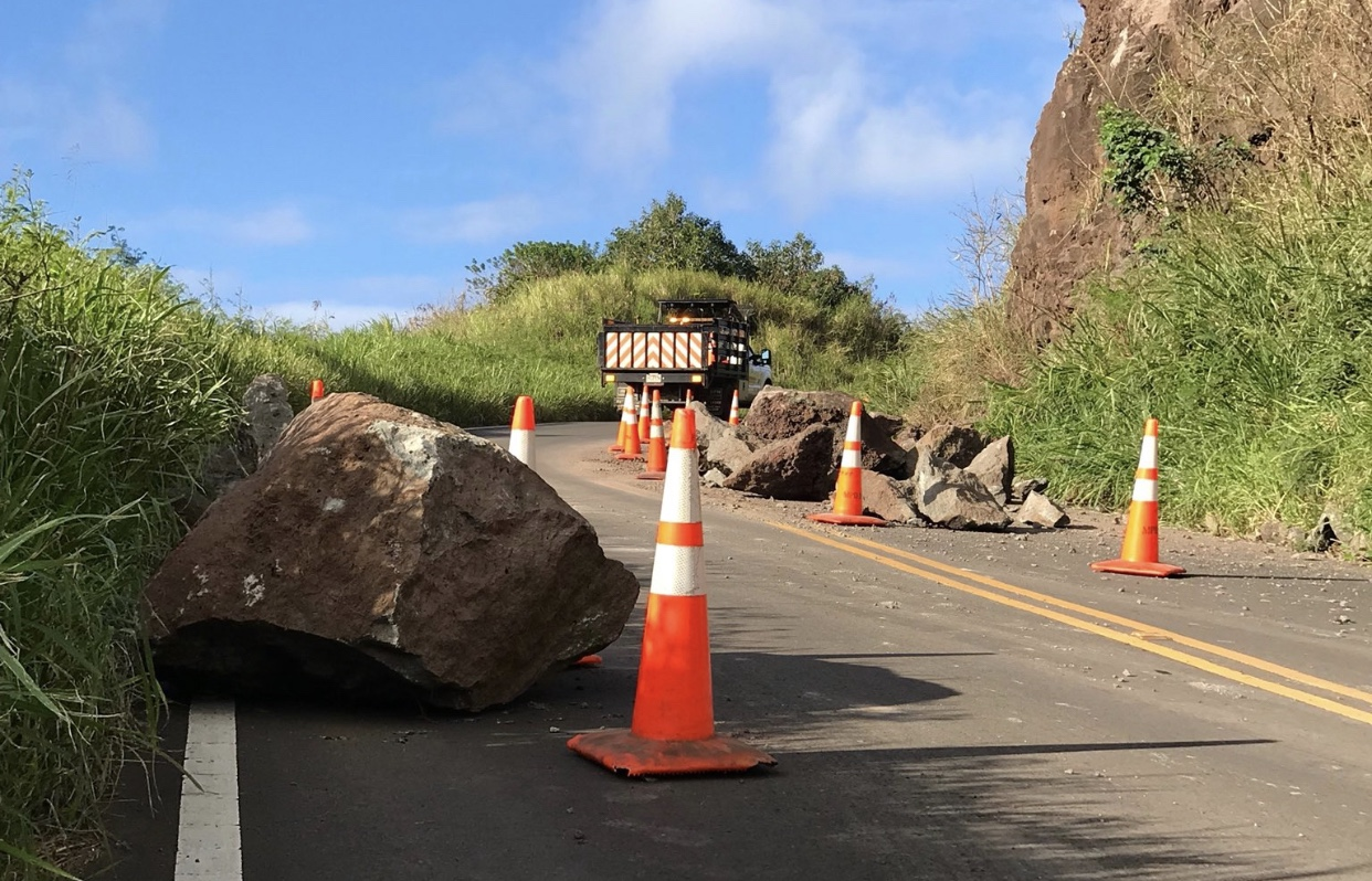 Honoapiilani Past Kapalua Limited to Local Traffic During Rockfall Assessment