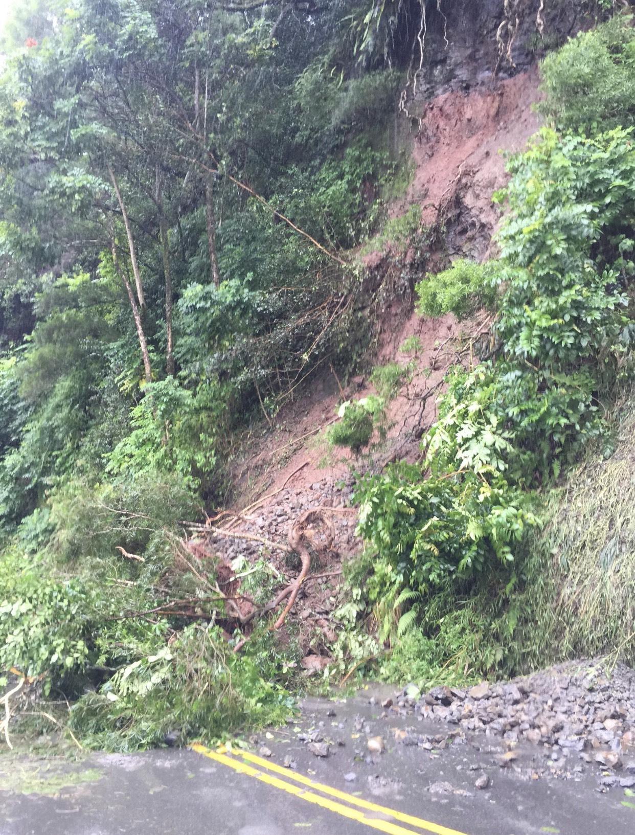 Landslides Along Maui's Hāna Hwy Cleared