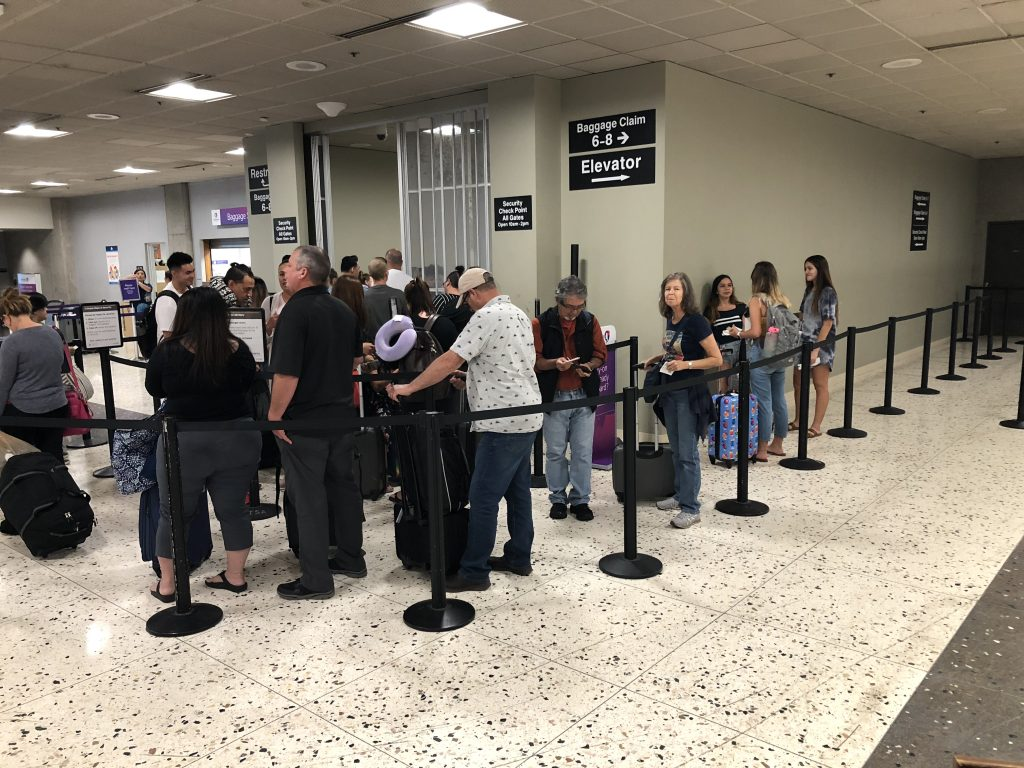 Maui Now: DOT: Airports Will be Busy this Holiday Season, Get Dropped Off