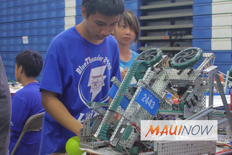 Nineteen Hawaiʻi Robotics Teams Qualify for World Championship