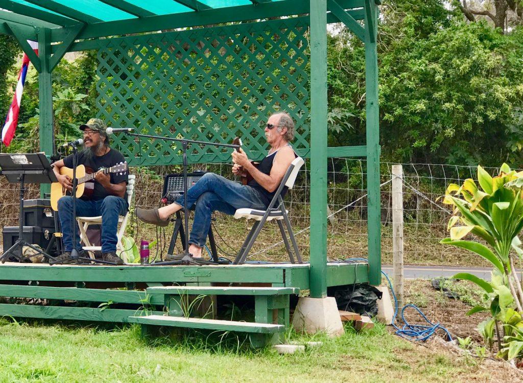 Maui Now: Music and Diverse Goods at Kēōkea Farmers Market