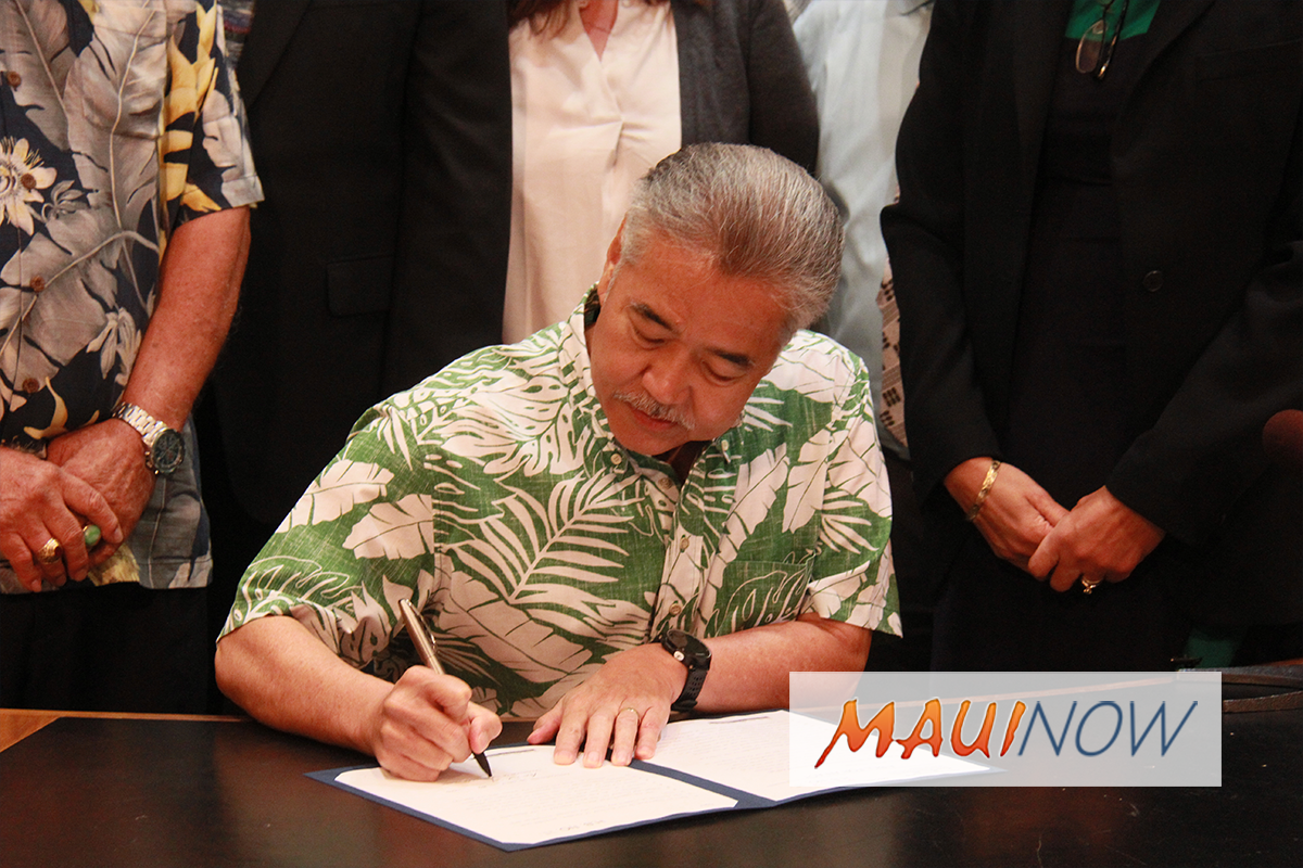 Governor Signs Hawai'i Island Disaster Relief Bill