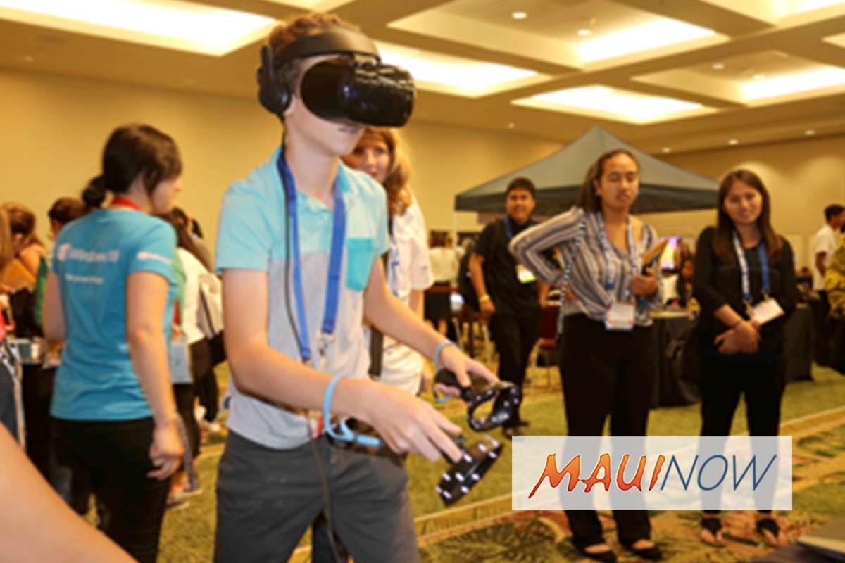 Hawaiʻi STEM Conference Empowers Students to Make a Difference