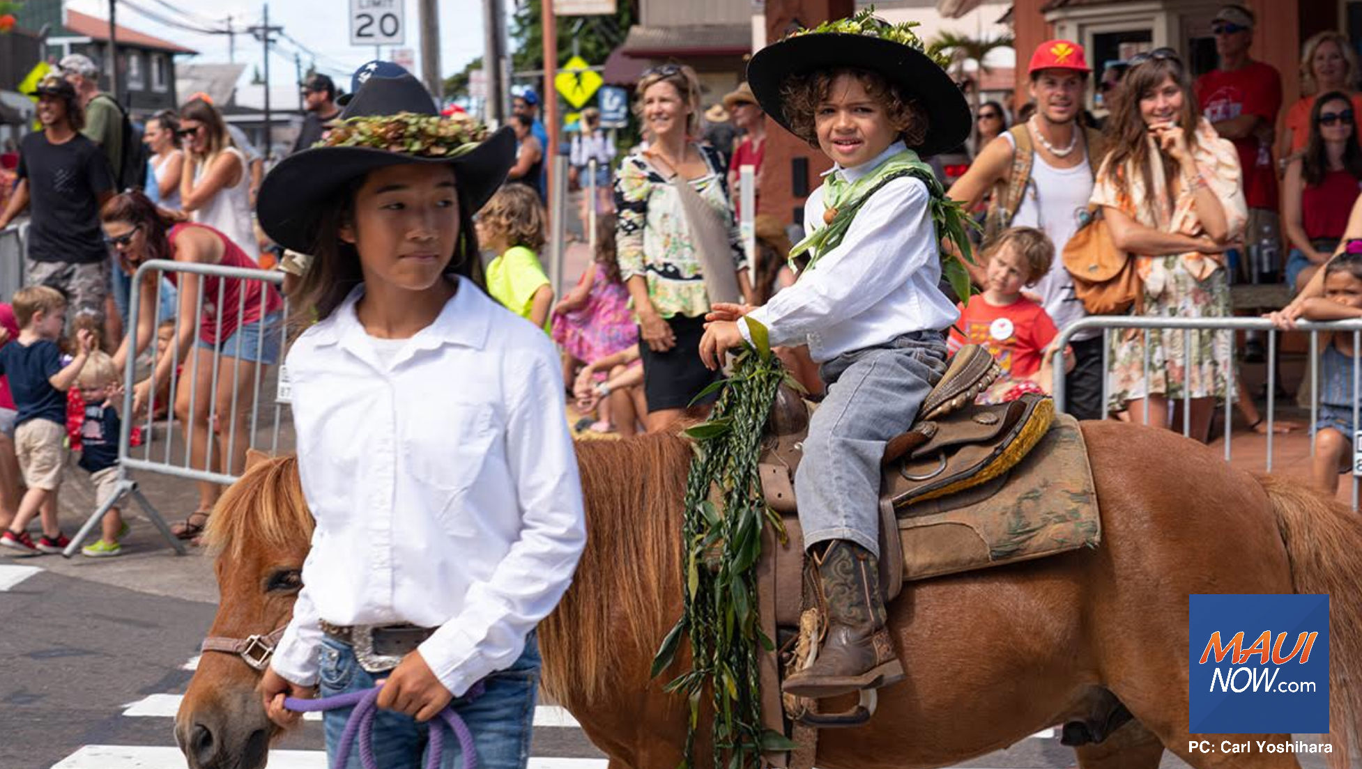 Photos: Holiday Weekend on Maui Saddles Up with Makawao Parade