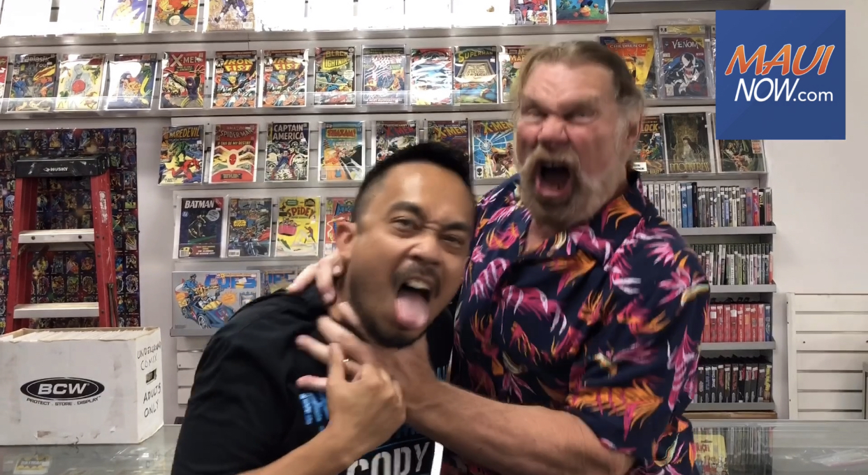 "WWE Hall-of-Famer ""Hacksaw"" Jim Duggan Meets Maui Fans"