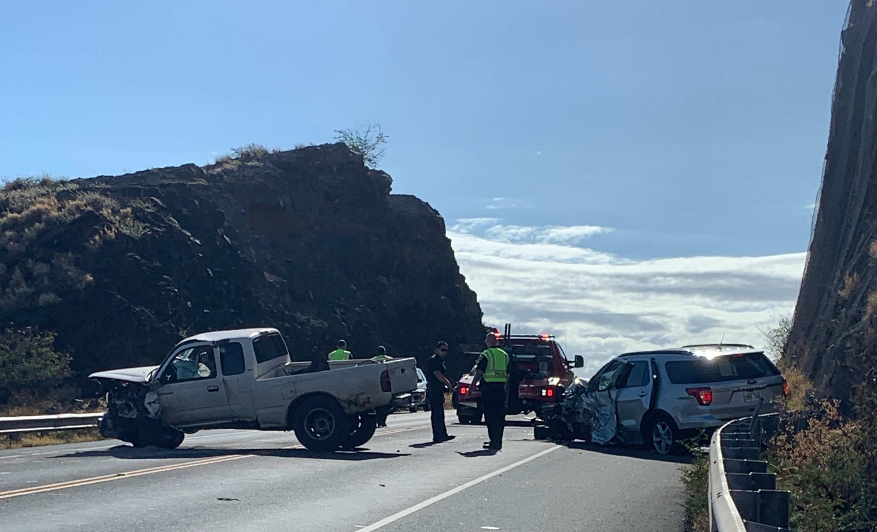 Honoapiʻilani Traffic Accident - ROAD IS NOW OPEN