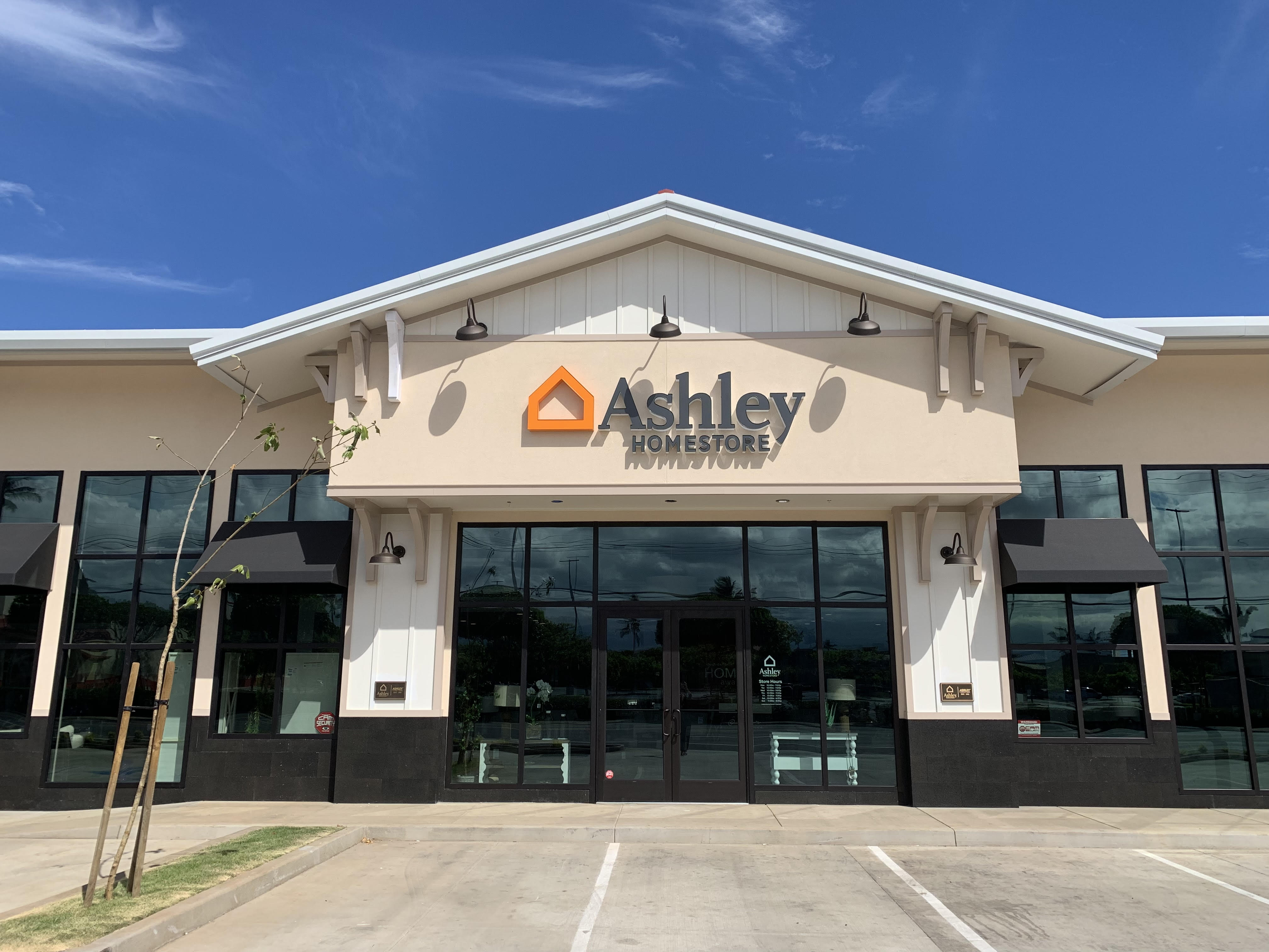Ashley HomeStore to Open in Kahului, Maui