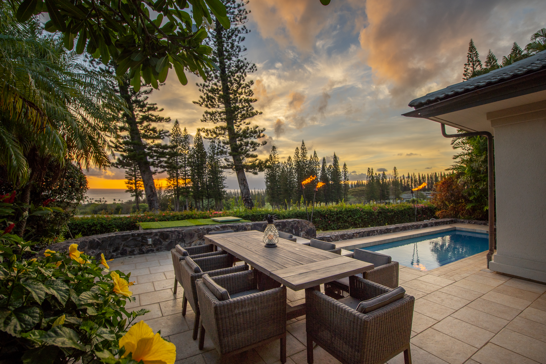 708 Fairway Drive: Modern Hawaiian Interior Design Meets Kapalua's Pineapple Hill