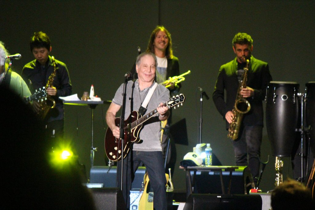 Maui Now: Paul Simon Poetically Greets Maui with Music of Generations