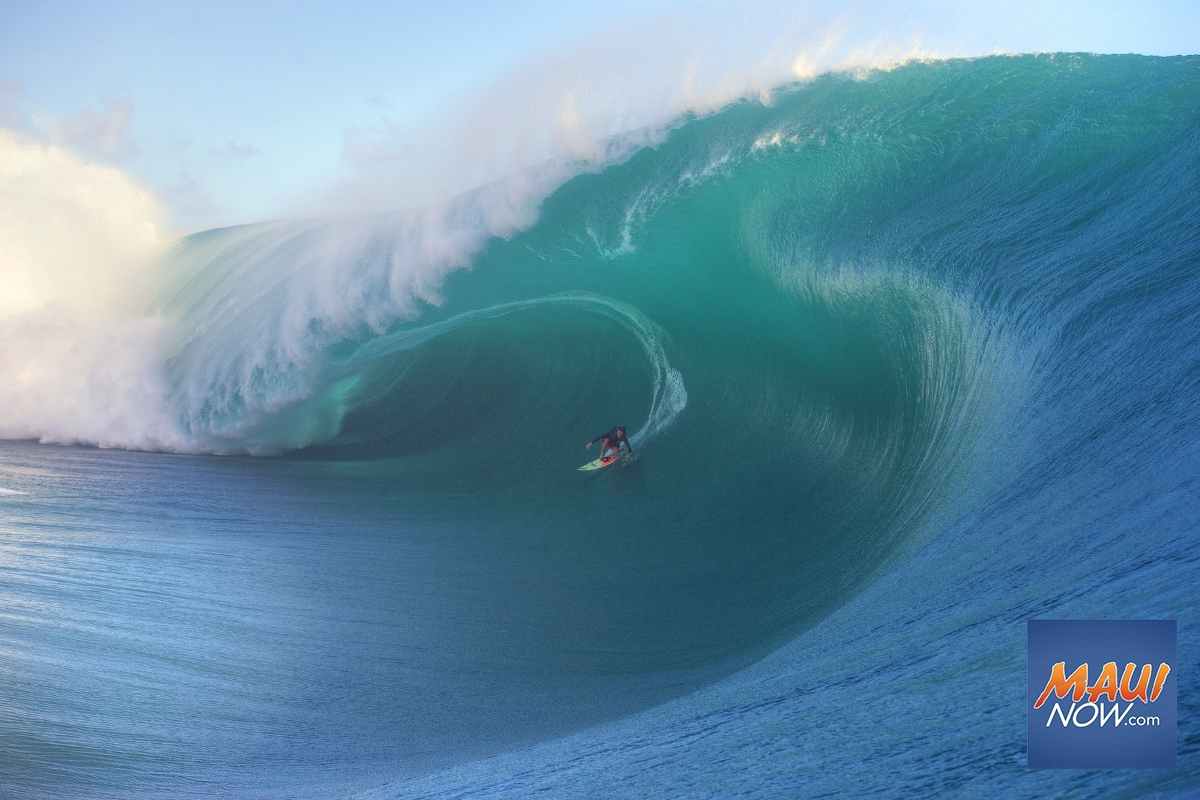 """New """"Big Wave"""" Platform to Bring Year-Round Surf Content"""