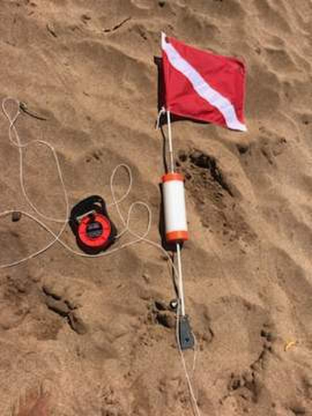 Coast Guard Looking for Owner of Dive Float Found off Kāʻanapali Beach