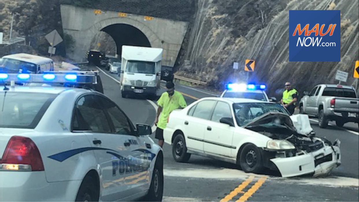 Honoapiʻilani Accident Near Tunnel