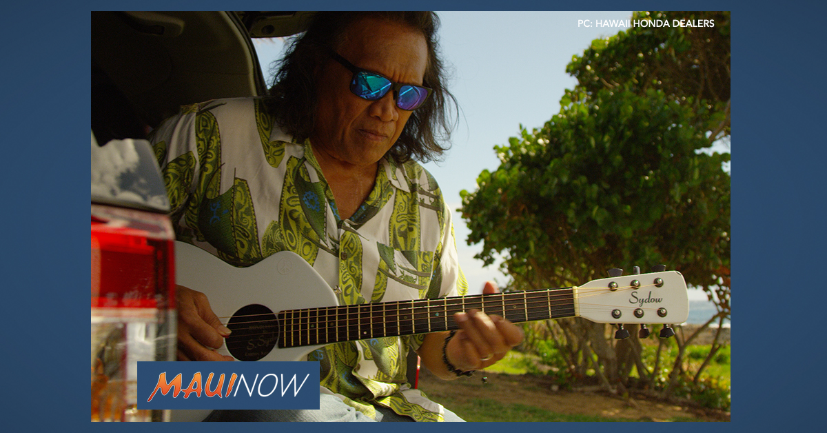 Holiday Concert Series Features Henry Kapono