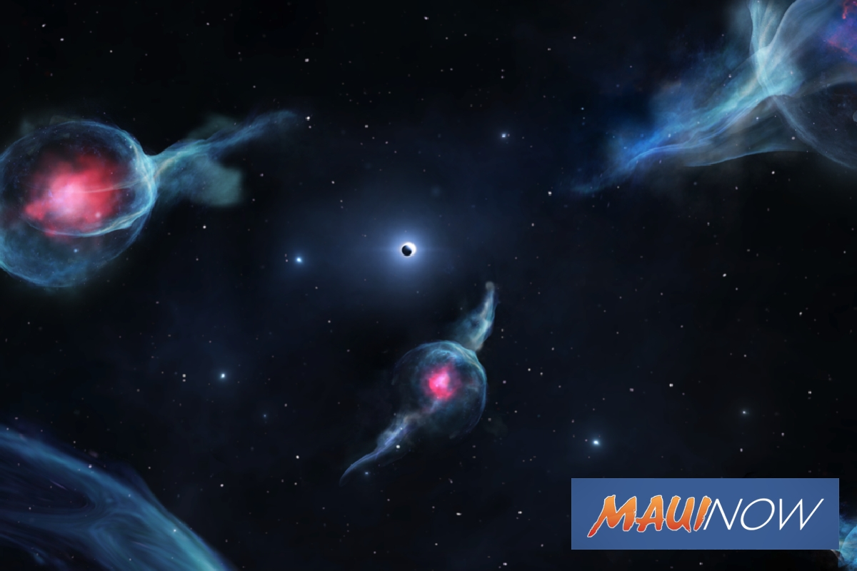 Maunakea Astronomers Spot ʻBizarreʻ Objects Near Black Hole
