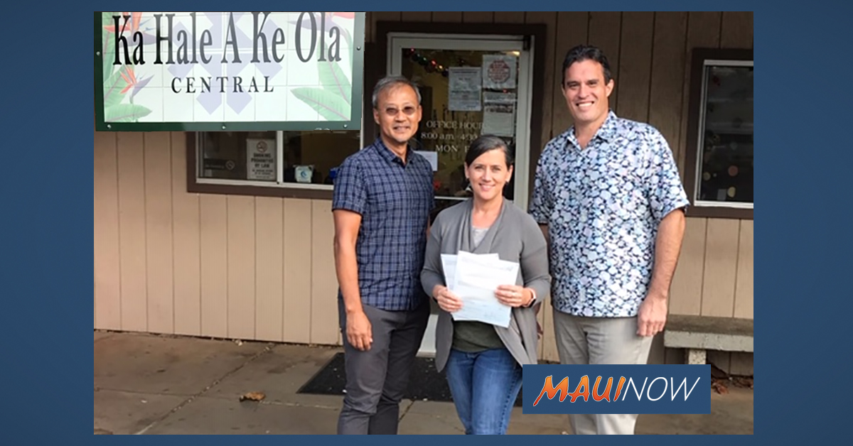 Wailuku's Ka Hale A Ke Ola Resource Center Gets $4,000 Donation