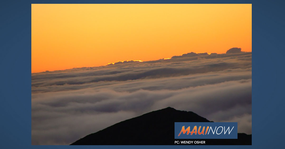 Sustained SE Winds of 35-50 mph at Haleakalā Summit