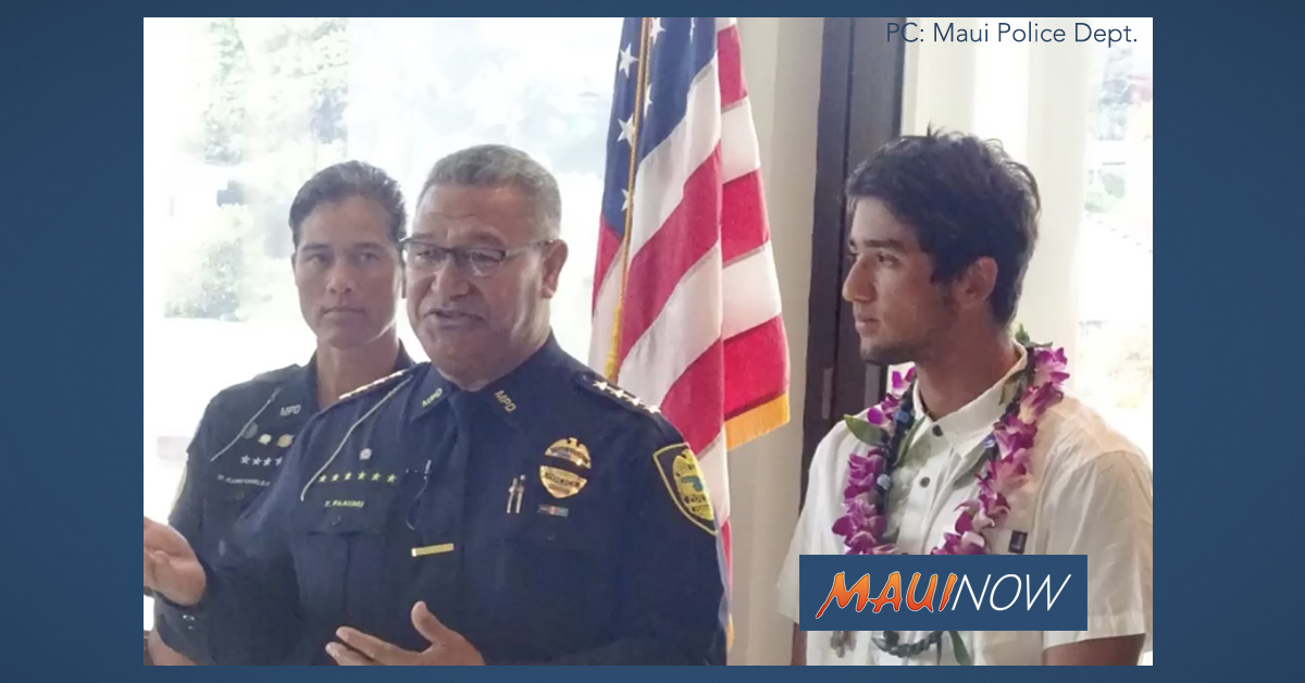 Maui Police Honor Civilian for Warding Off Shark, Keeping Visitors Safe