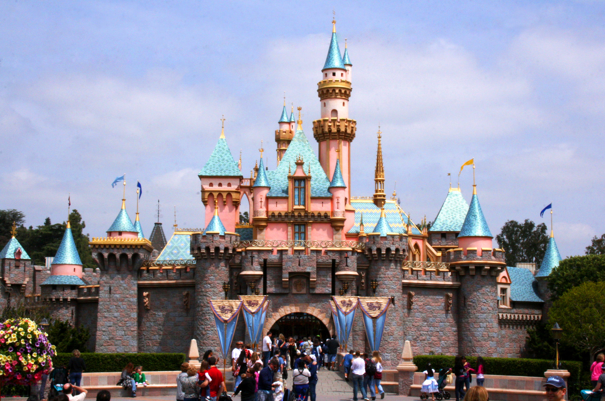 Disneyland Park in California to Close Saturday Through End of Month