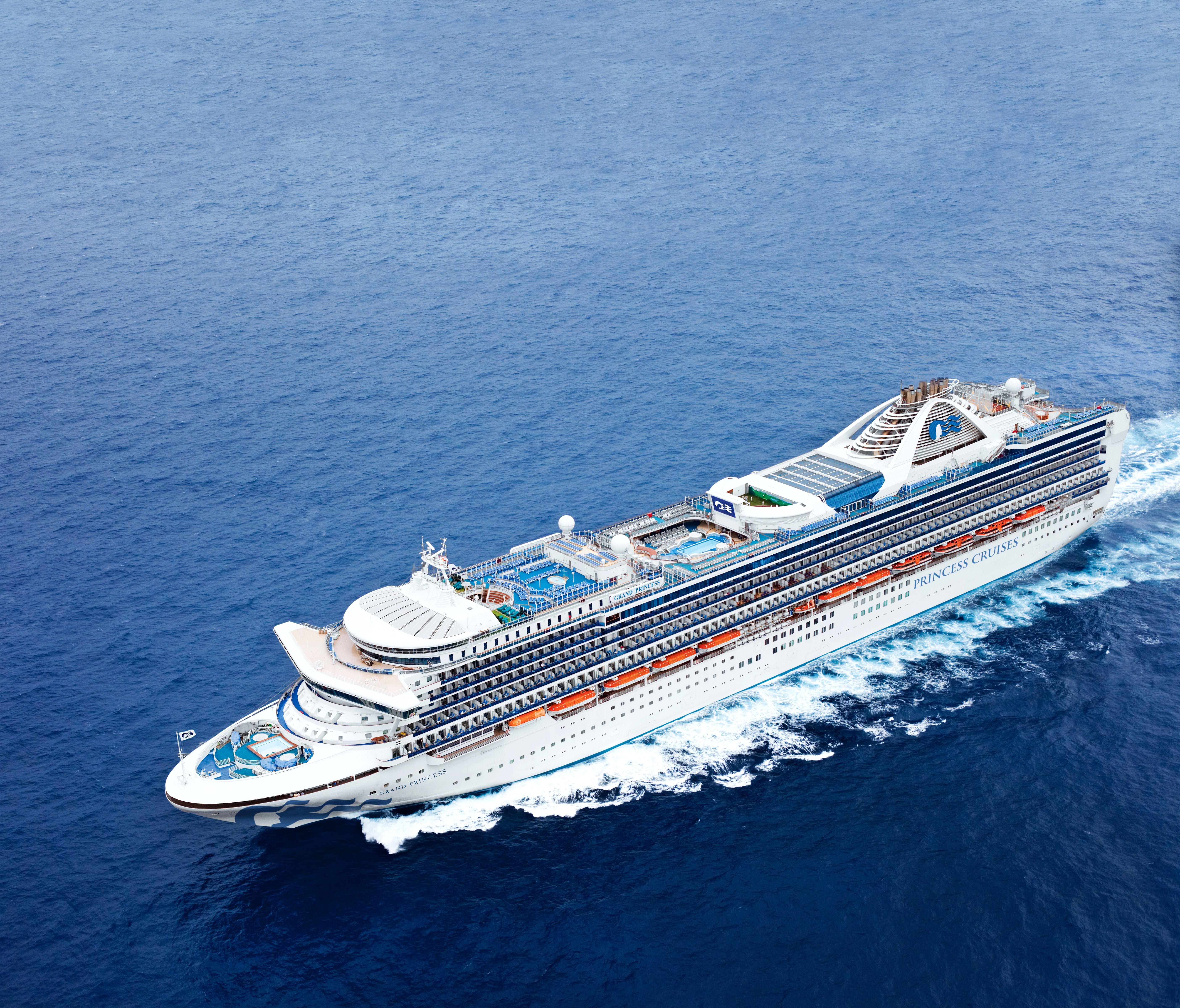 Grand Princess Passengers Begin to Disembark in Oakland, Head to Quarantine