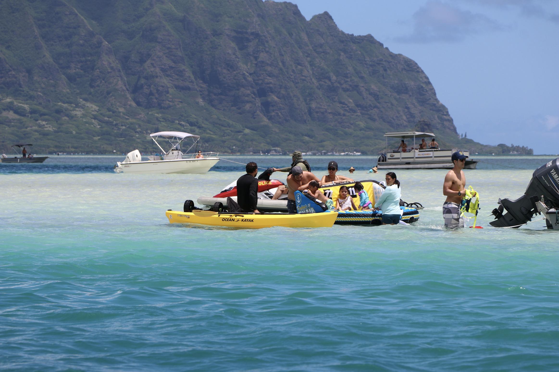 "Family Atmosphere on First Day of Holiday at Ahu O Laka ""Kane'ohe Sandbar"""