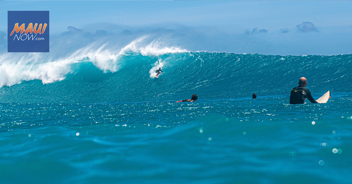Photo Gallery: First South Swell Shows Promise for a Good Summer Season