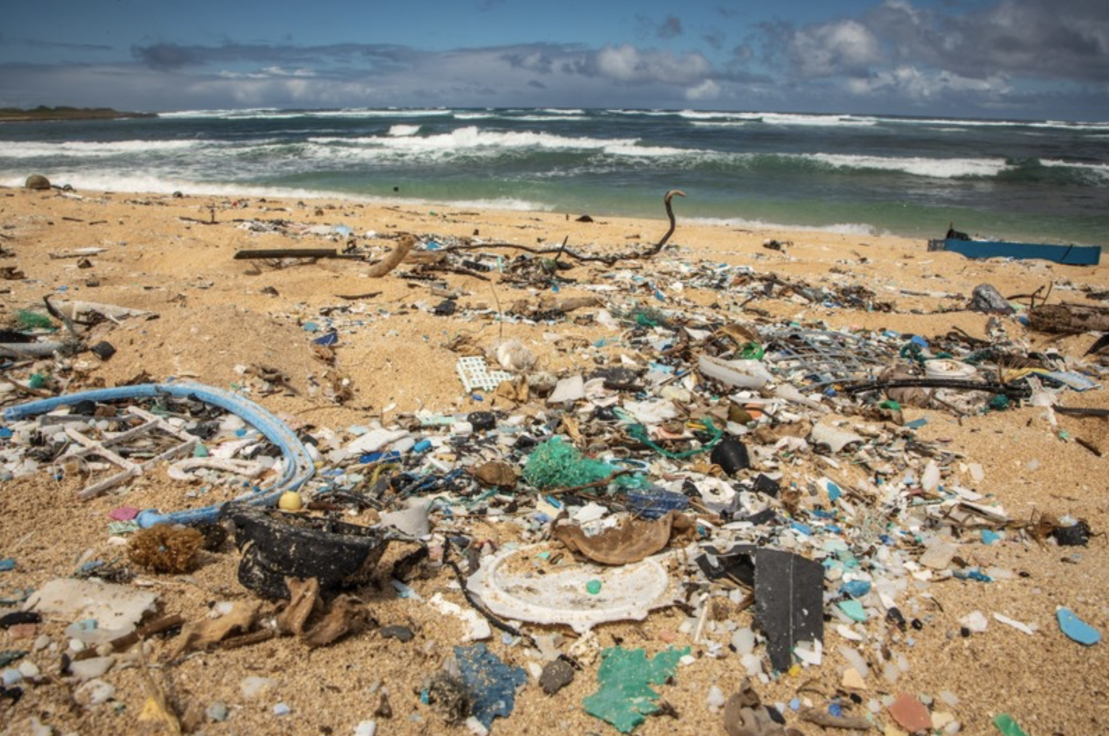 EPA: Waters Around Two Hawai'i Beaches Impaired by Plastic Pollution