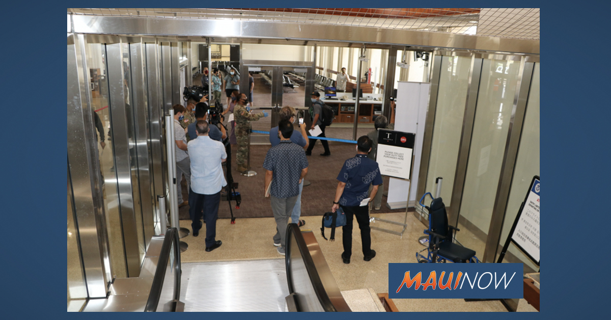 """Governor Says """"Targeted Restrictions"""" Are Near for O'ahu"""