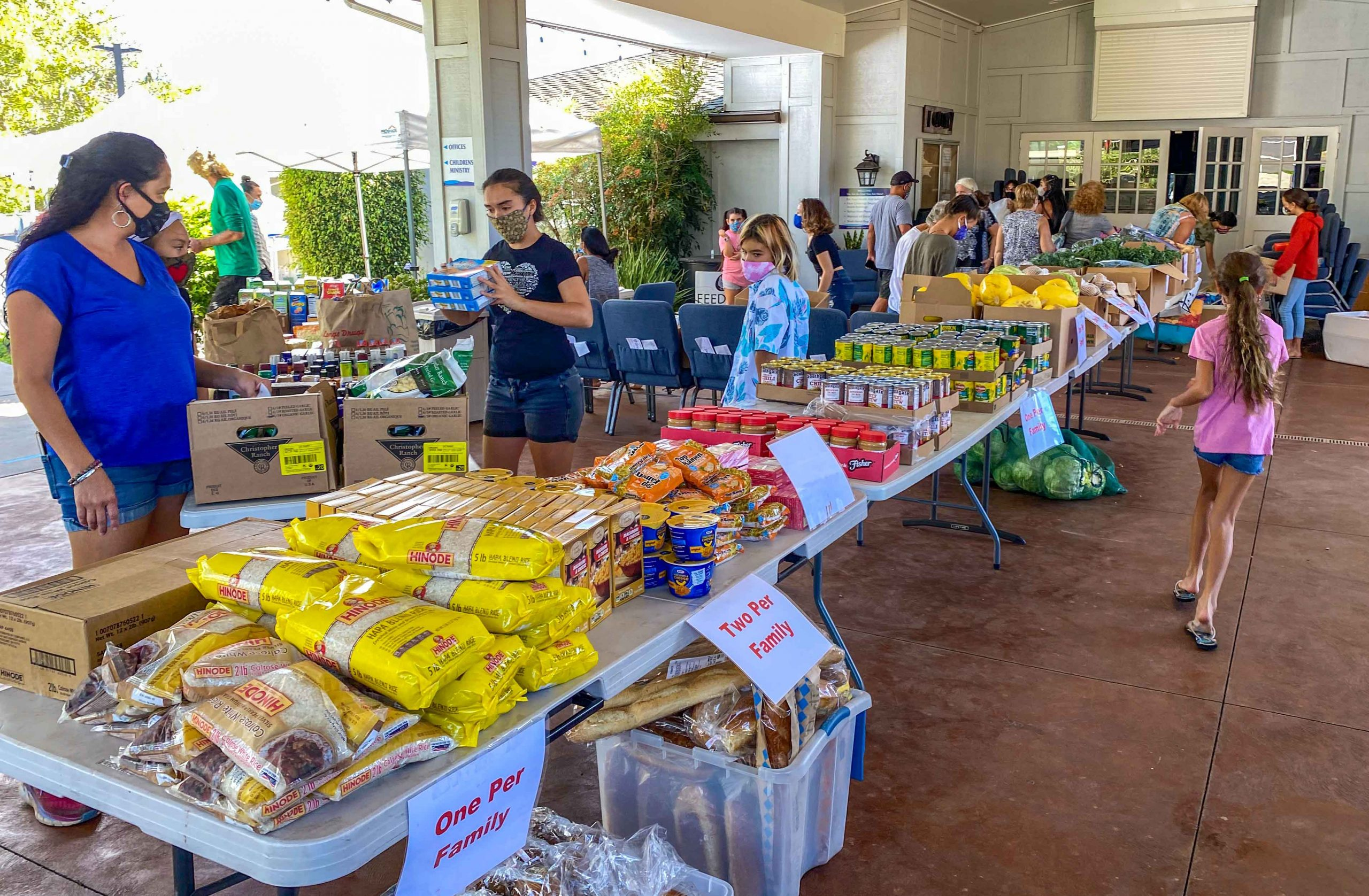 'Overwhelming' Need Continues for 30 Emergency Food Distribution Sites in Maui County
