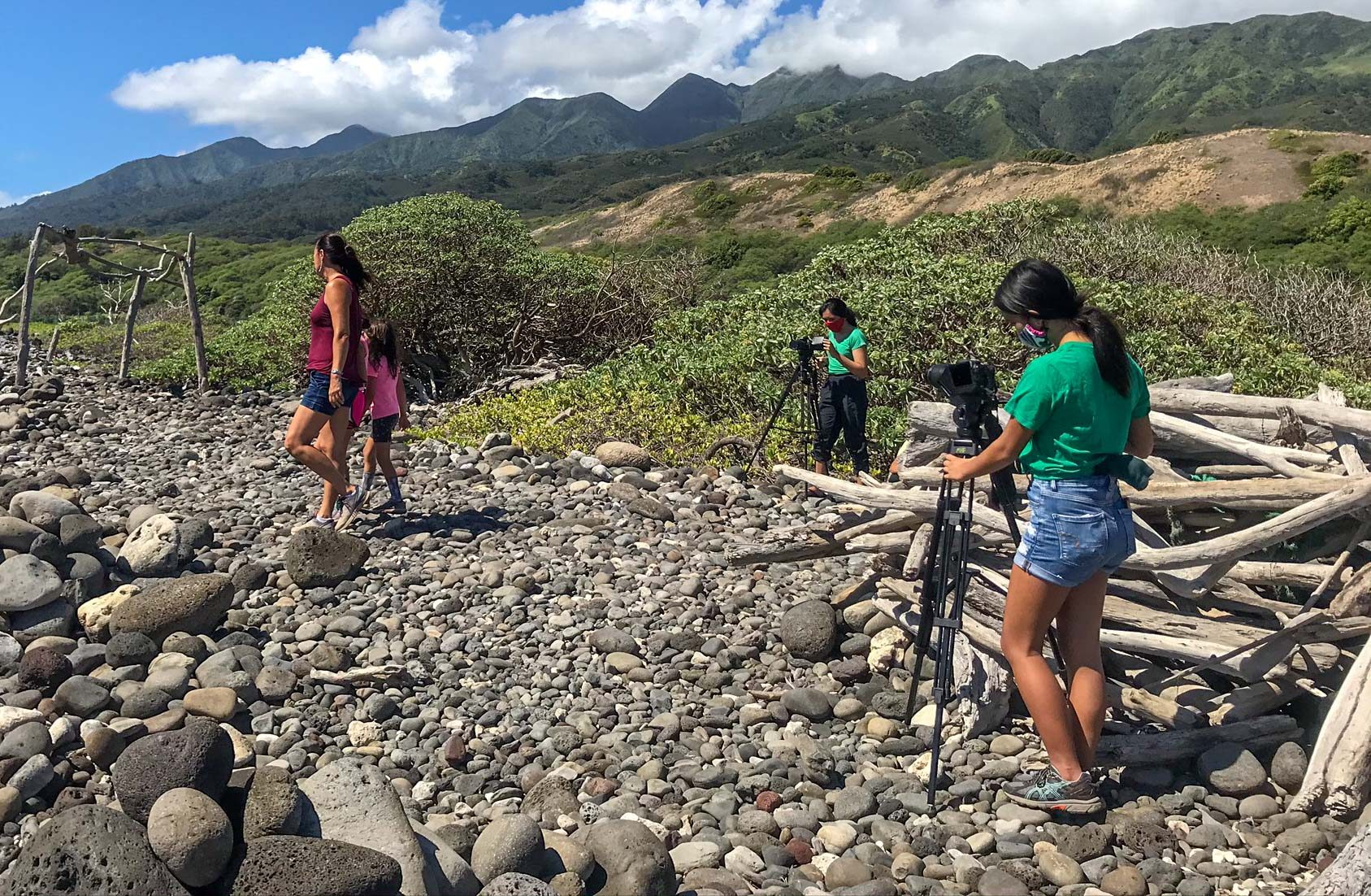 Maui Huliau Foundation's Filmmaking Club Teaches Students To Make Environmental Videos