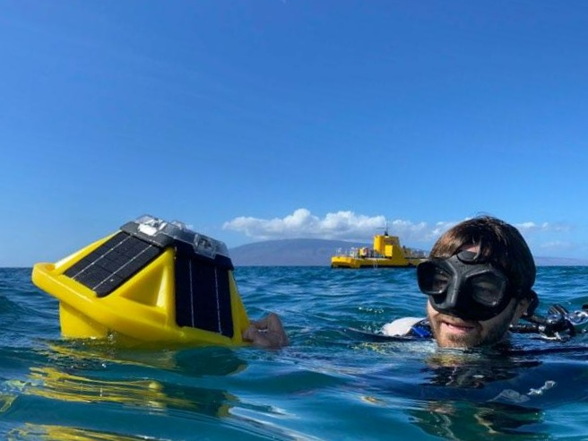 Pioneering Smart Buoy Installed at Maui's Mala Reef for Worldwide Coral Preservation