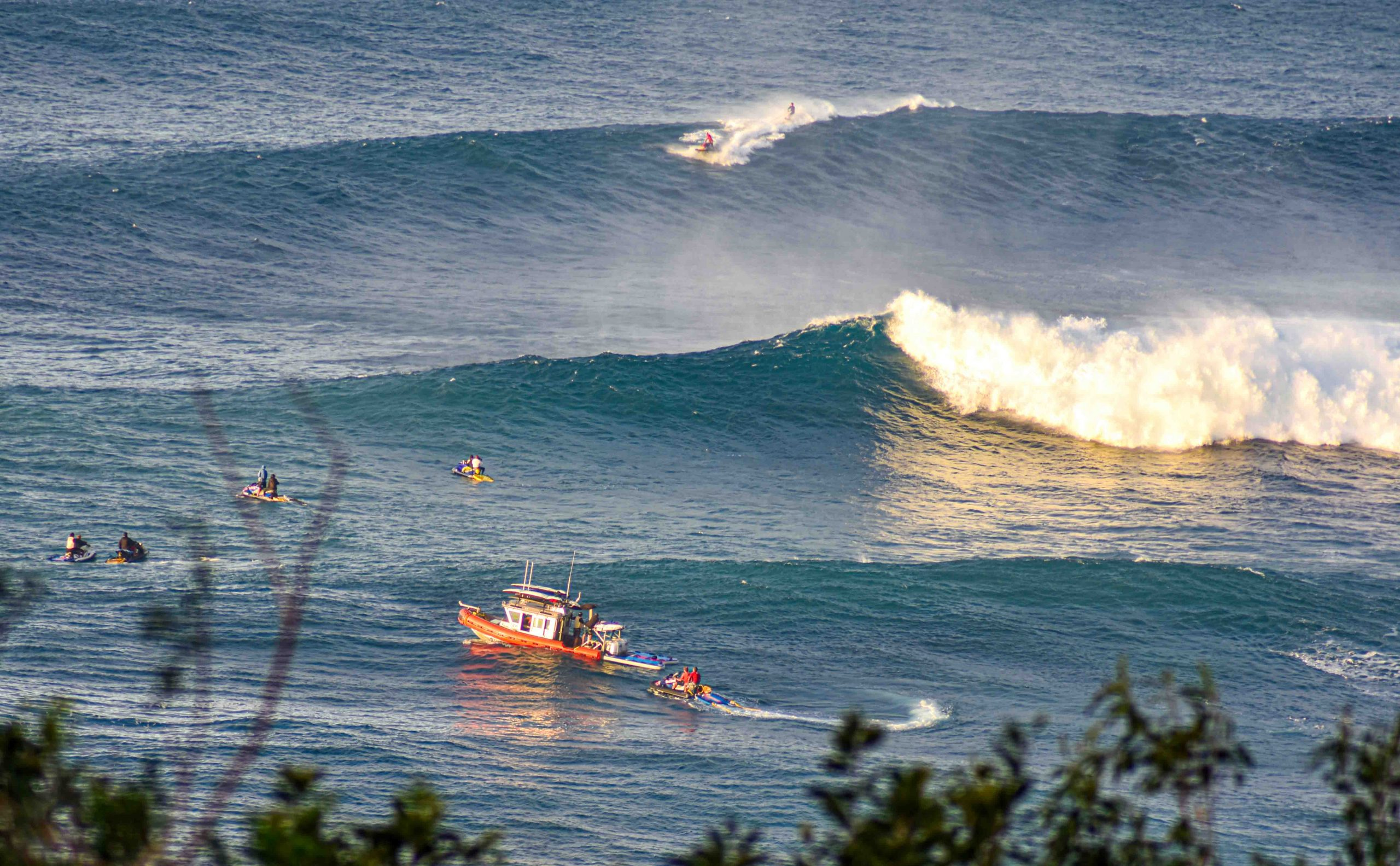 Big Surf is Up: Jaws Draws Big Wave Riders and Spectators to Ooh and Aah