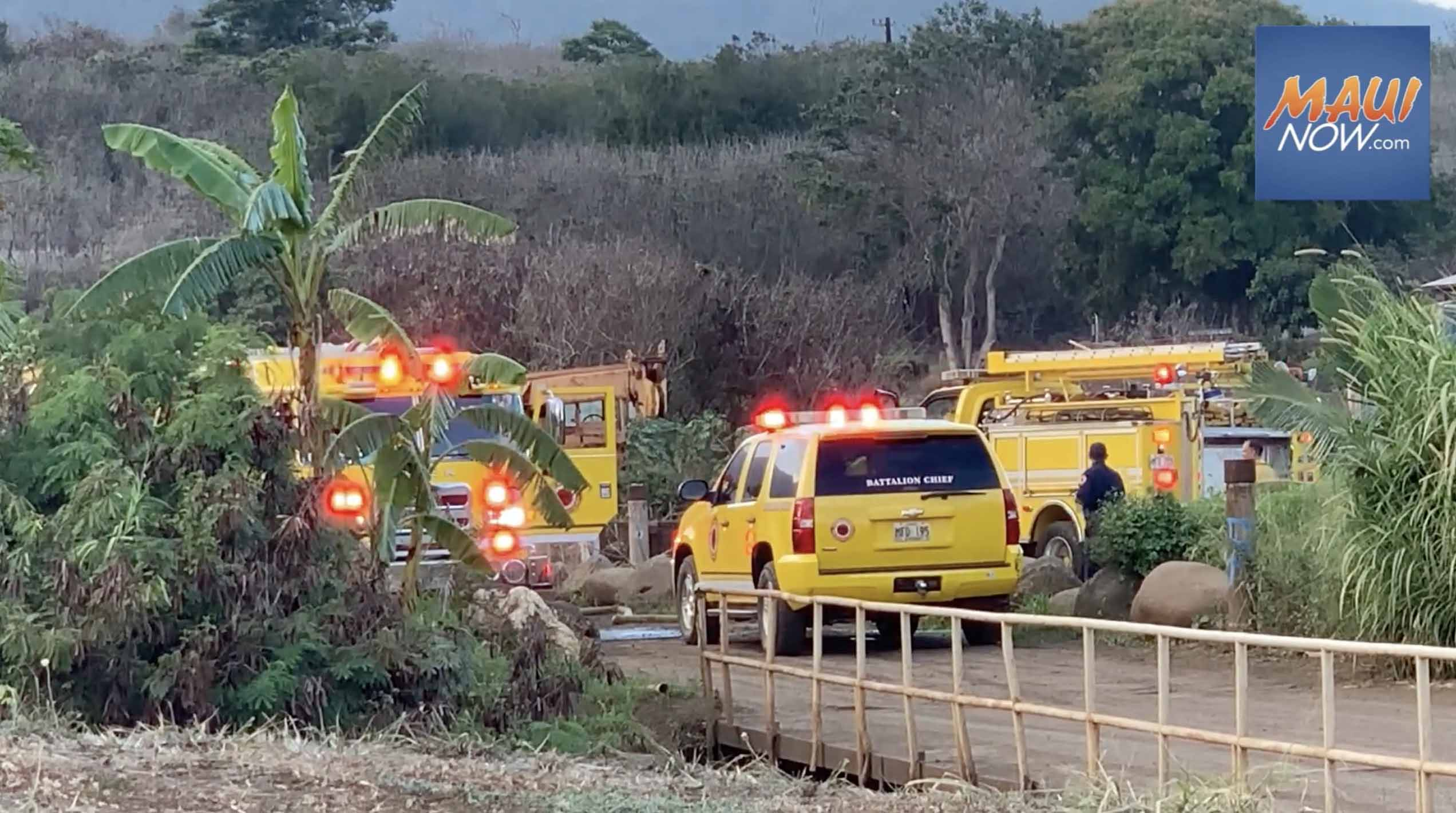 Abandoned Vehicles and Brush Burned in Wailuku Fire Off Pi'ihana Road