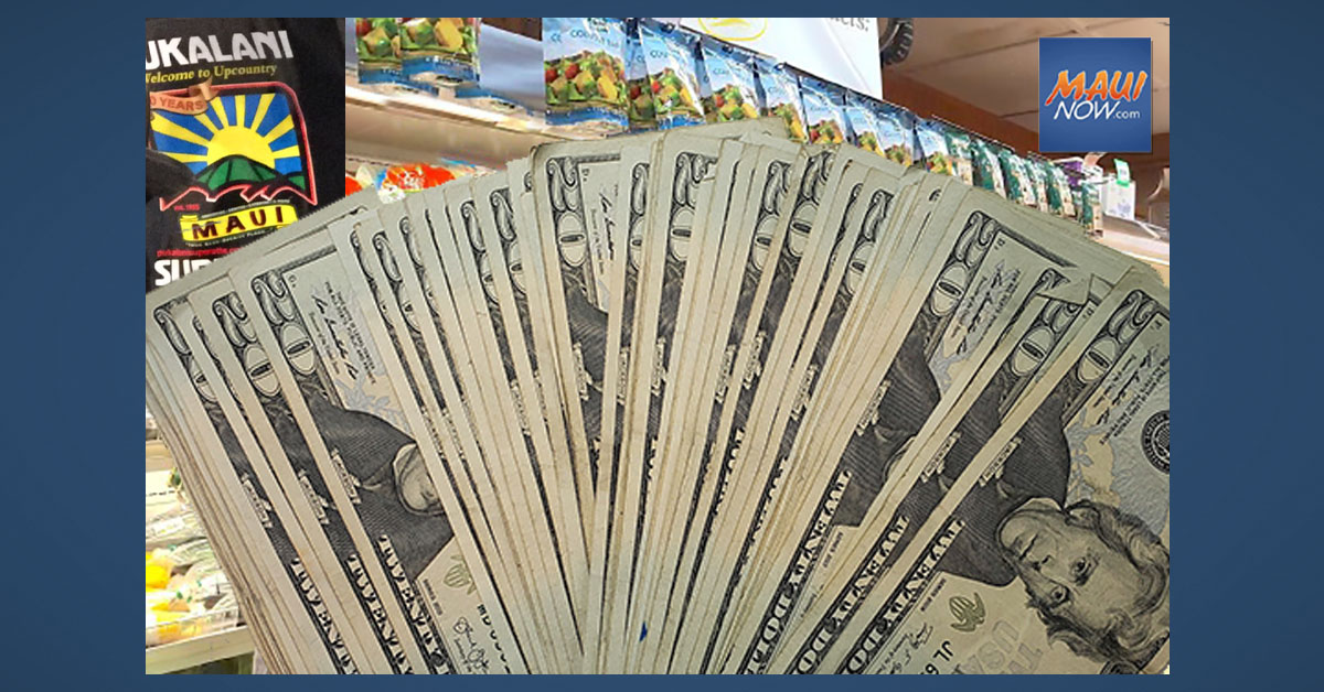 Secret Santa Gift of $1,000 Matched by Pukalani Superette, Paid Forward to Customers on Christmas Eve